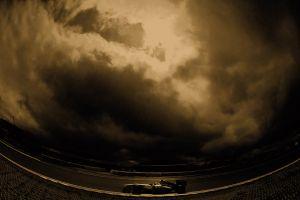 Formel1: bedrohlicher Himmel über Schumi